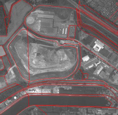 ...изображения с векторными данными (CAD-моделью карты местности)